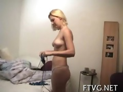 honey exposes admirable body