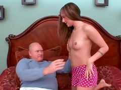 youthful schoolgirl gived pervert old man blowjob