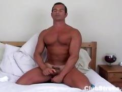 athletic str lad rock masturbating